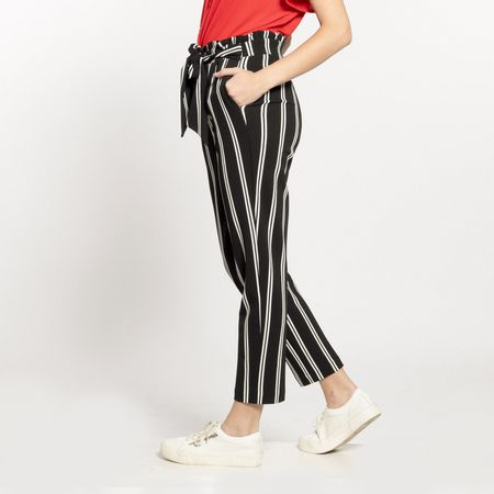 PANTALON-COLOR-NEGRO-